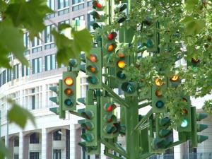 traffic-tree-light-sculpture-pierre-vivant1